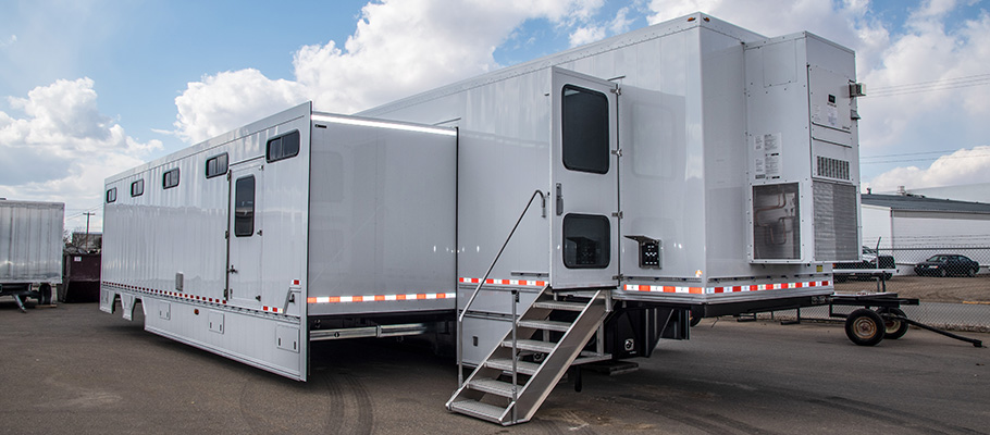 custom trailer with three side pull-outs